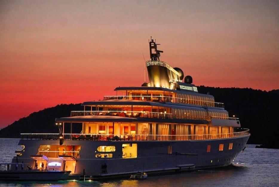 Типичная яхта миллионера: как выглядят 3 более дорогих из них