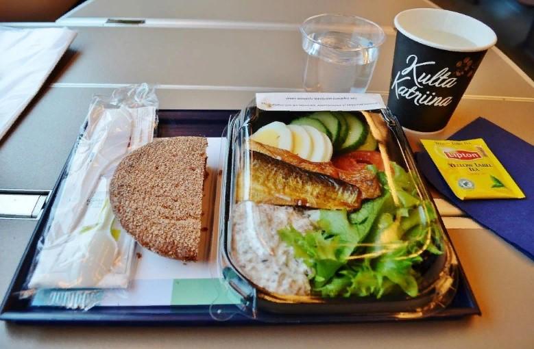 Еда в поезде: что можно взять с собой