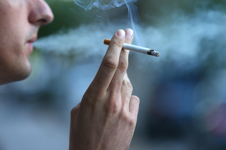 Как уничтожить неприятный запах табака в помещении
